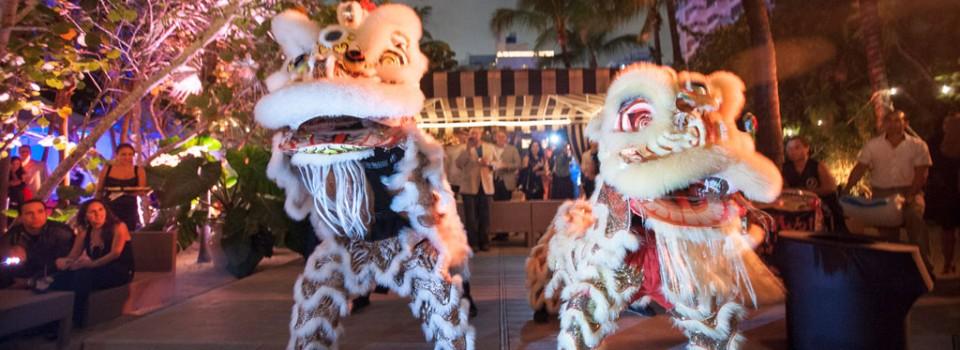 miami-asian-lion-show-john-wai